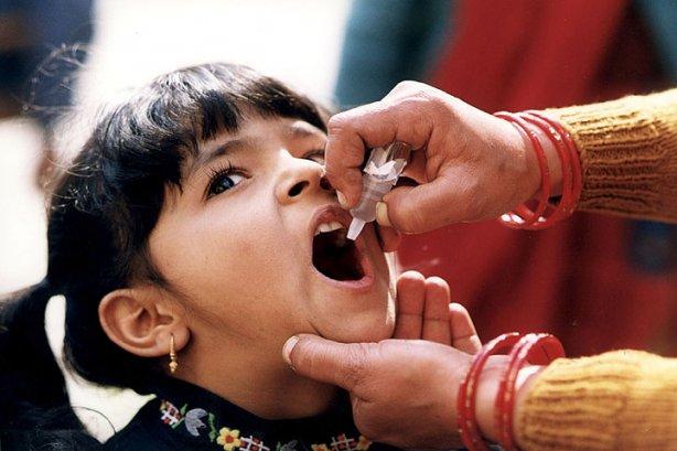 полиомиелит индия